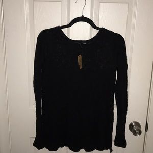Black flowy American Eagle sweater with lace